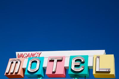 L 39 albergo migliore del mondo la casa dei tuoi young direct for Migliore casa del mondo in vendita